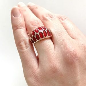 Jewelry - Red enamel snake ring